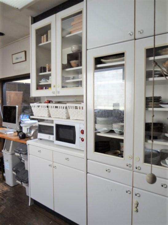 SHIORINAのお片付けサポートキッチン食器棚全体AFTER画像