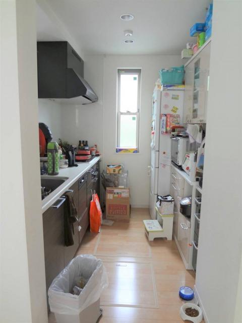 SHIORINAのお片付けサポートキッチンシンク側BEFORE画像