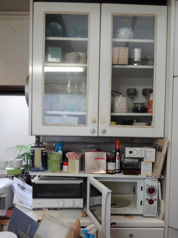 SHIORINAのお片付けサポートキッチン食器棚①BEFORE画像