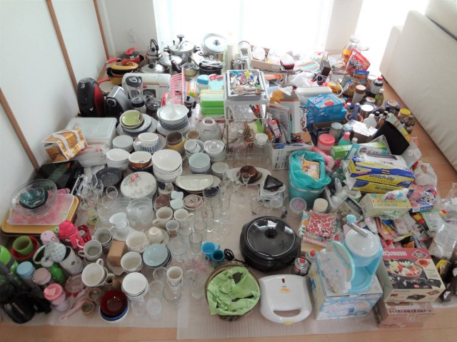 SHIORINAのお片付けサポートキッチン全部出し画像