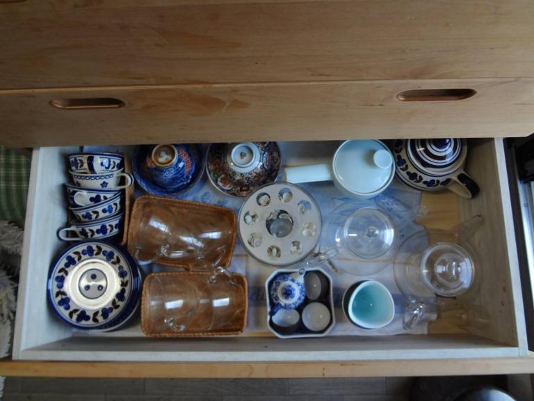 SHIORINAのお片付けサポートキッチンレンジ台引き出し4段目AFTER画像