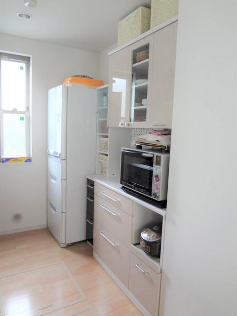 SHIORINAのお片付けサポートキッチン食器棚側AFTER画像