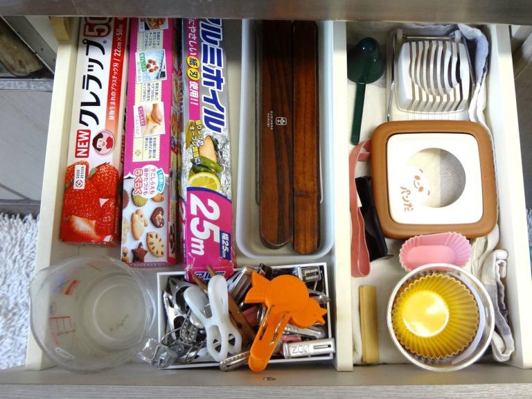 SHIORINAのお片付けサポートキッチン引き出し1段目AFTER画像