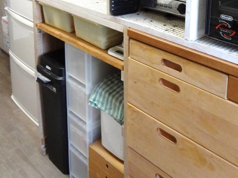 SHIORINAのお片付けサポートキッチンレンジ台下部AFTER画像