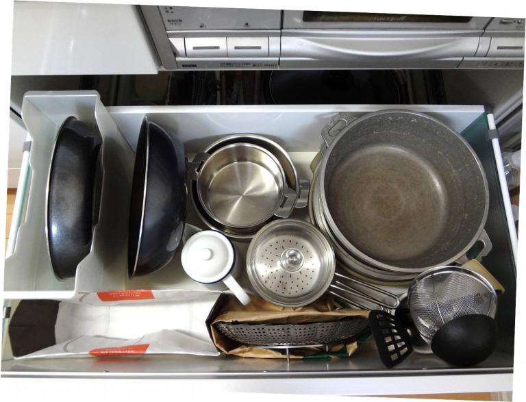 SHIORINAのお片付けサポートキッチンコンロ下1段目AFTER画像