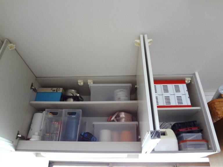 SHIORINAのお片付けサポートキッチン吊戸棚BEFORE画像